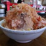 骨太味覚 - チャーシューめん(漢盛、背脂ギトギト、野菜カチ、ニンニク、魚)