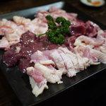 彩どり亭 - 人気地鶏5種盛り