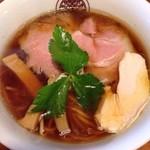 らぁ麺 とうひち - 鶏醤油らぁ麺 大盛