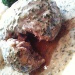ラッコント - ハンバーグは肉汁ジュワー