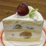 パークカフェ - 秋はピオーネのショートケーキ♬ぶどうが 美味しいんです!