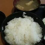 43400746 - 御飯と味噌汁