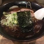 ラーメンヨシベー - ヨシベーラーメン黒(マー油)