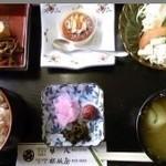 五馳走屋藤八 - 料理写真:美浜のへしこを使った、美浜へしこ膳なり~。