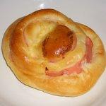 いつも焼きたて サン・ヤツギ - 料理写真:「ハムパン」