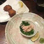 九州の地魚料理 侍 - 手前、カワハギ    奥、さつま揚げ