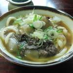 新倉屋 - 肉うどん(400円)