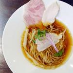 43425048 - 白身魚のフュメドポワソンと鶏清湯 ¥1,200