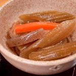 市場亭 - 小鉢その1  蕗の煮物