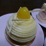 和光 ケーキ&チョコレートショップ  - プルミエマロン(黄栗)864円