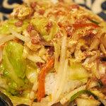 風亭 - 沖縄でちゃんぽんといえば麺料理ではなく丼なのだ。ご飯の上に卵で閉じた炒め物が乗る。ハッシュコンビーフを使うとは・・・美味い
