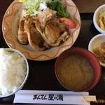 かざ車 - 料理写真:上州麦豚生姜焼き定食1,242円
