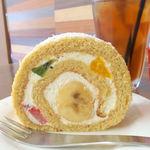 パティスリーマリアージュ - メープルのロールケーキ