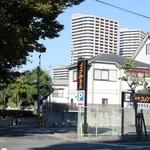 コメダ珈琲店 - 第2駐車場
