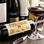 オステリア セーザモ - ドリンク写真:イタリア産のオーガニックワインを中心に、グラスでも6種類以上取り揃えております。