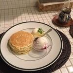 43472080 - レモンポピーシードパンケーキ
