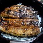 きたむら - 料理写真:鰻丼(肝吸い付き、1500円)