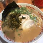九州大分らぁめん たまがった - ラーメン+高菜
