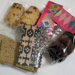 パン屋 水円 - 焼き菓子のパッケージ