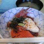 カンちゃん - ランチ-海鮮丼
