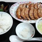 餃子の王将 - 期間限定、秋の餃子定食です。(2015年10月)