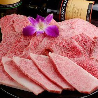 バイヤーが選び抜いた最高級肉をお手頃価格で