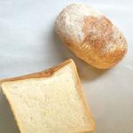 breadworks - ルバーブとクリームチーズのロデヴとパン ド ミ