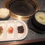 民俗村 - カルビタン定食