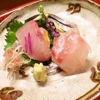 季節を味わう和食料理。四季折々旬の食材を皆様へお届けします。