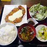 大魔王 - ジャンボチキンカツ定食