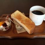 コバコ - ブレンドコーヒーと、トーストセット