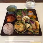 ルシッカ - 野菜たっぷりのデリごはん  1150円
