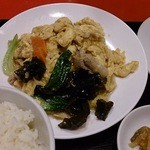 Gyouzanoantei - きくらげ豚肉と玉子炒め定食(680円)