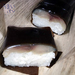 笹一 - 「鯖棒寿司 1本(8貫)」 税込 2.073円