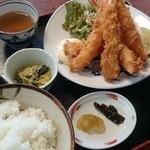 レストラン よし川 - エビフライ定食