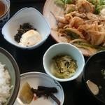 レストラン よし川 - 生姜焼き定食