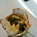 カステラの銀装 カフェ ラ・サール - 抹茶ソフトの中には抹茶カステラが
