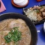 Rinya - 2015.10 油淋鶏(ユーリンチー)定食¥907