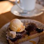 コーヒーと焼き菓子のお店 joia - joia タルト