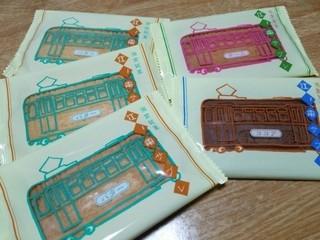 ラ・プラージュ・マイアミ - 江ノ電サブレ(バター、チーズ、ココア)パッケージもレトロで可愛い…(^^*)