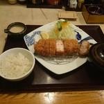 かつ政  - 2015年9月 富士の国ポーク ロースかつ定食(200g厚切り) 1780円(税抜)