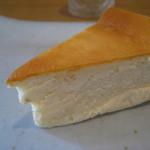 ログカフェ スノードーム - チーズケーキ