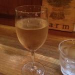 Farm - グラスワイン白350円