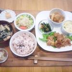 akaimi cafe - 週替わりのakaimiランチ 800円(税込) 2015年10月中旬