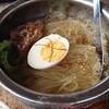 いっぷく屋 - 料理写真:いっぷく屋名物冷やし麺大盛り(1200円)