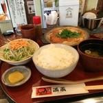 串処 満蔵 - 柳川とんかつのセット1050円、ご飯大盛りサービス