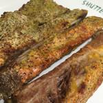 SHUTTERS - スペアリブ(マスタード味とわさび味)