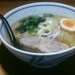 43573615 - 塩・鶏さんま煮干しラーメン大盛り(期間限定メニュー)