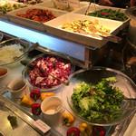 キャナリィ・ロウ - 前菜も普通に美味しい