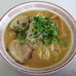 駅前中華 - 料理写真:中華そば 小